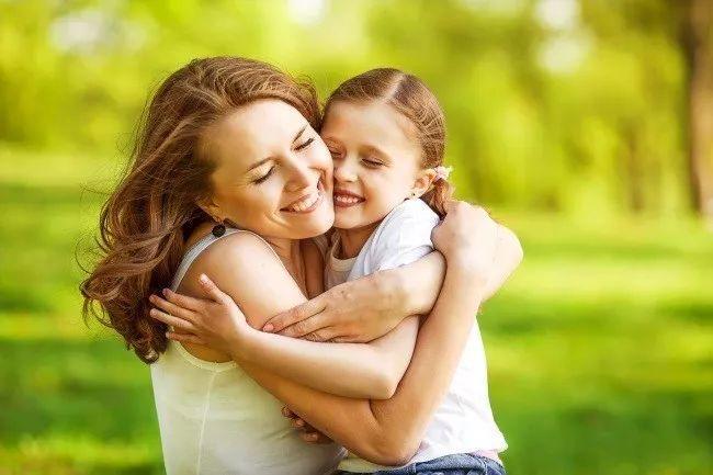 做妈妈的女儿,做女儿的妈妈