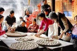 周末去教会吗?有饺子吃!