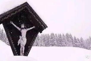 耶稣为什么不从十字架上下来?